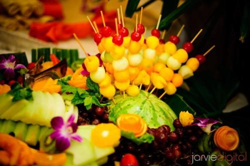 fun and unique wedding reception foods, photo by JarvieDigital.com, WeddingLDS.info