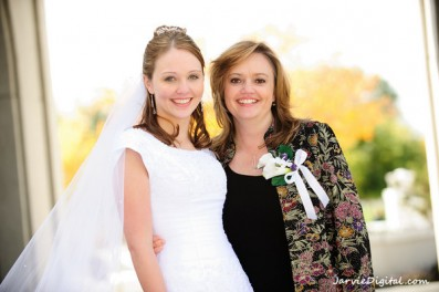 LDS bride and LDs mother of the bride, photo by JarvieDigital.com for weddinglds.com