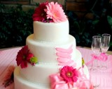 fondant-vs-buttercream-Midway-Country-Corner-Bakery-Wendy-G
